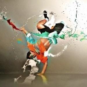 Танцорам
